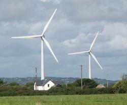 wind-turbine-and-house1
