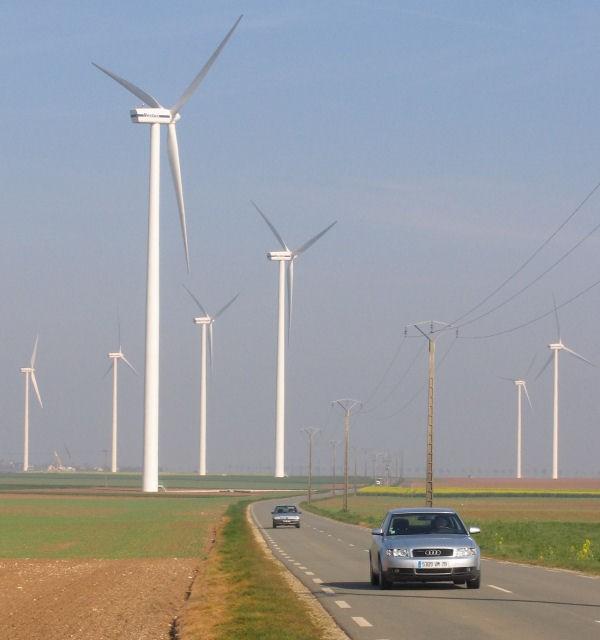 windturbine&cars