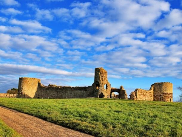Pevensey_Castle
