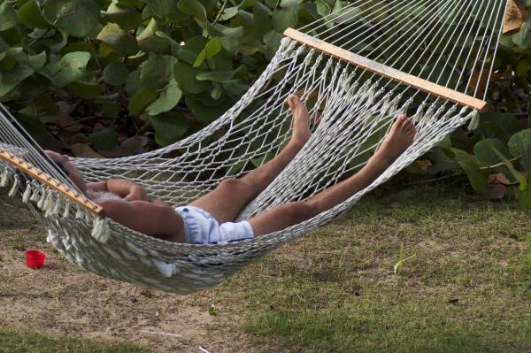 sleeping-man-in-hammock