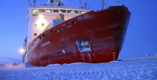 072215iceshipamundsen (1)